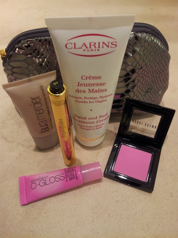 Top 5 Items for your cosmetic bag