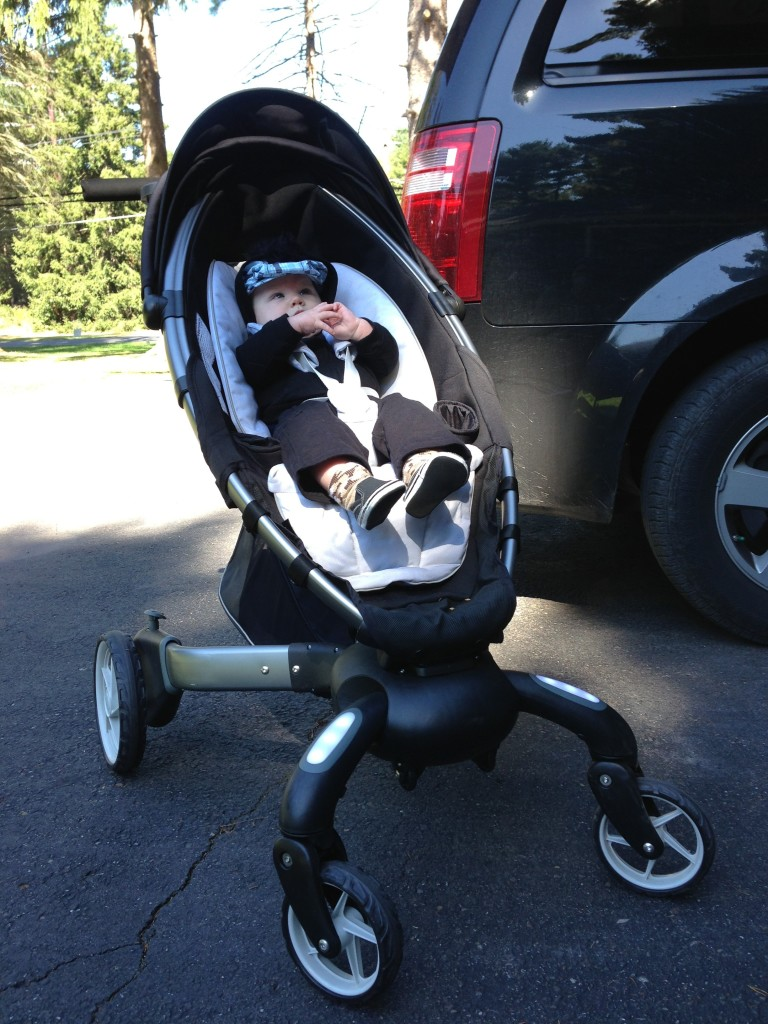 Insane Baby Stroller Sports LCD Display, Headlights, Phone Charger ... | 1024x768