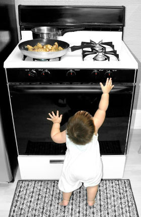 Kitchen Holiday Hazards Safety 1st Tips In The Know Mom