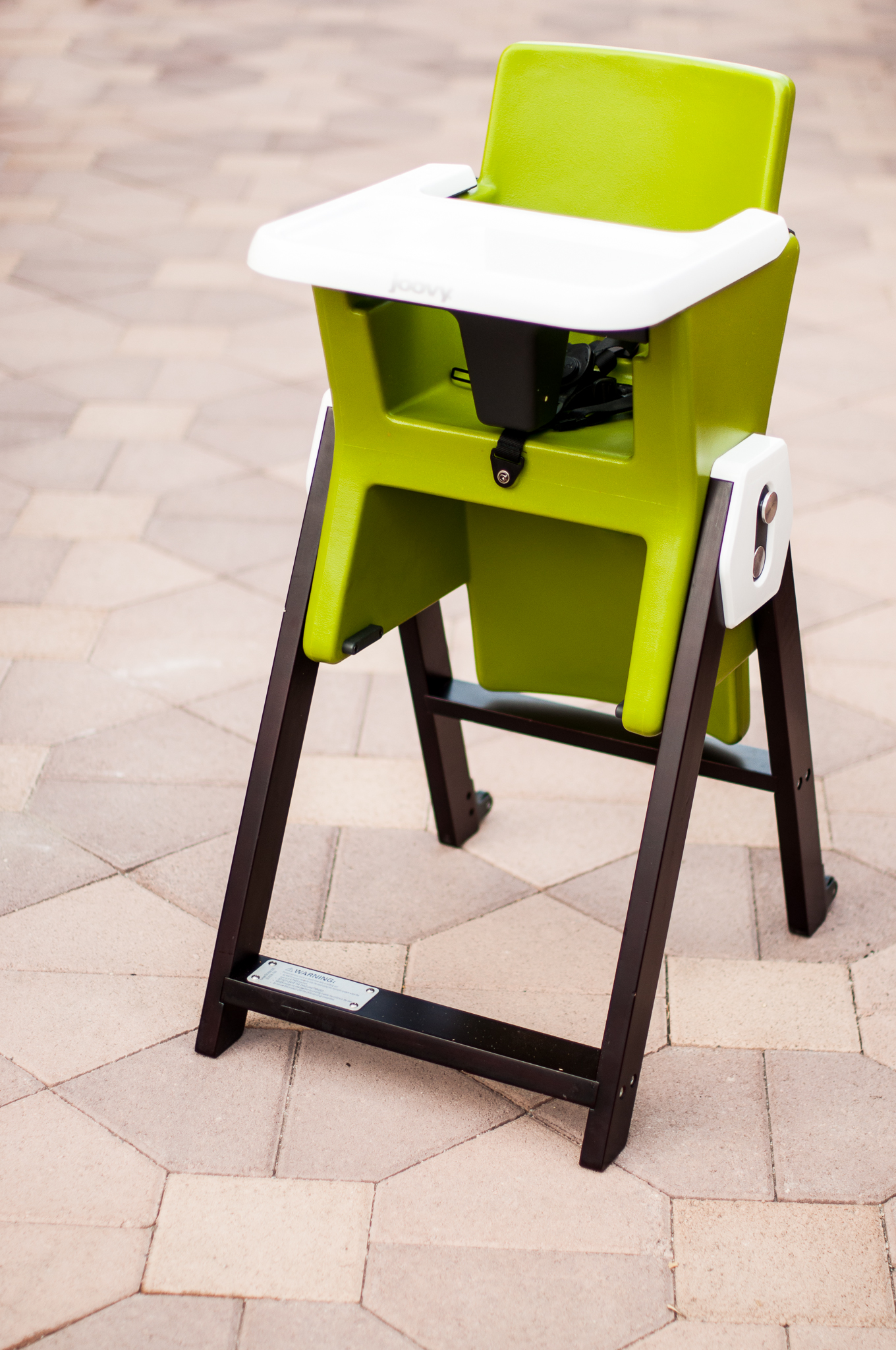the flawless HiLo highchair Joovy in the know mom