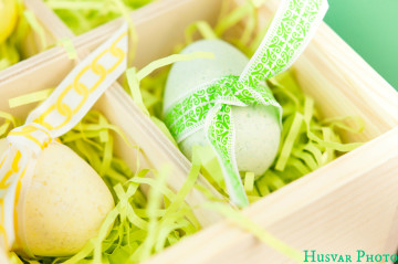 diy easter egg bath bomb