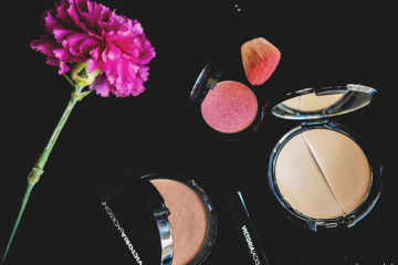 natural mineral makeup for tweens {Klee Girls} - in the know mom
